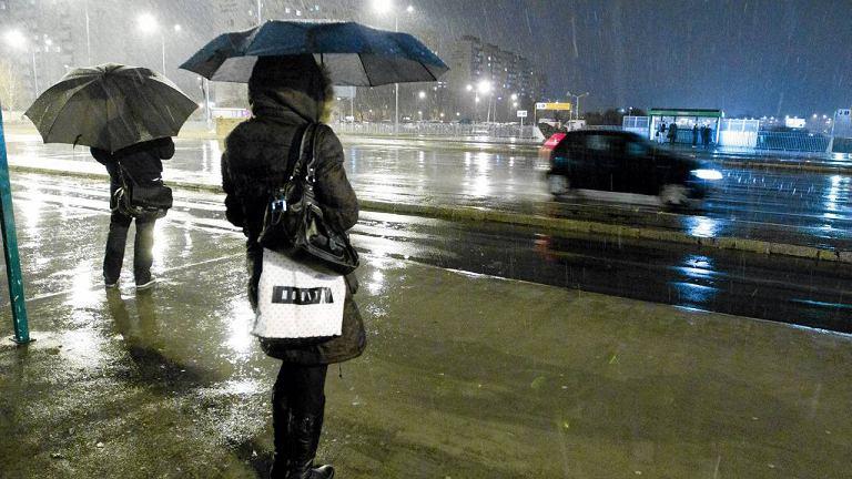 Deszcz ze śniegiem w Poznaniu