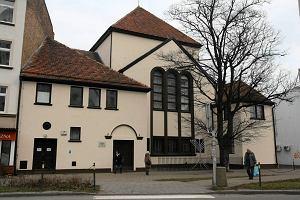 30 ton gruzu na stropach gda�skiej synagogi. Gmina zbiera pieni�dze na remont