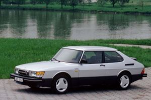 Saab 900 ikon� lat 70.