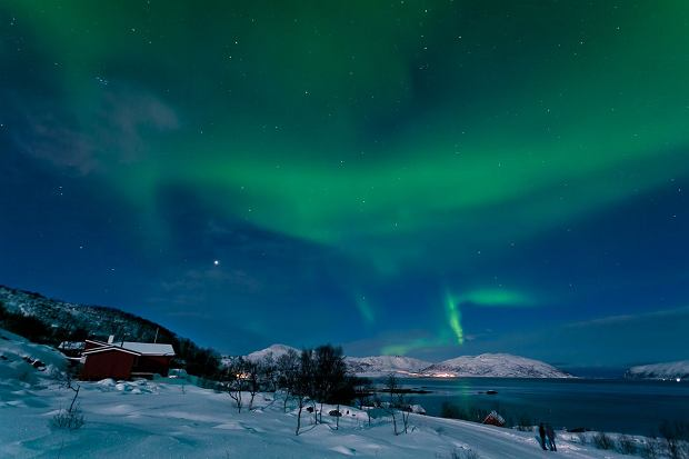 Zorza polarna nad ca�� Norwegi� - ZDJ�CIA
