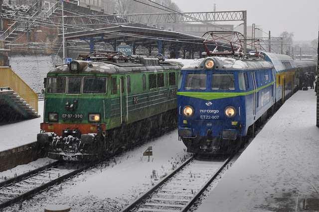 Stacja Szczecin Główny zimą