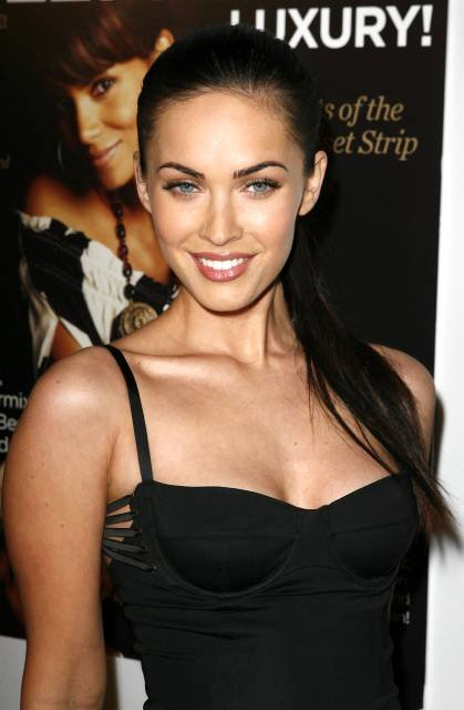 Actress Megan Fox arrives at the Hollywood Live Magazine's 7th annual Breakthrough of the Year Awards, Sunday, Dec. 9, 2007 in the Hollywood area of Los Angeles. (AP Photo/Gus Ruelas)