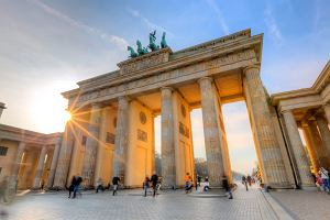 Weekend w Berlinie: Zobacz, czym i za ile z Warszawy
