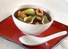 Zupa z kurczaka i szpinaku - ugotuj
