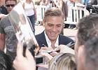 Clooney ca�uje charytatywnie