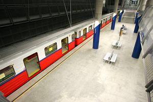 Piorun uszkodzi� system kierowania ruchem w metrze