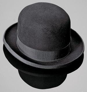 252b473fac790 Wymiennie używa się również określenia derby. W języku angielskim znany  jest jednak przede wszystkim pod nazwą bowler (od nazwisk Thomasa i  Williama ...