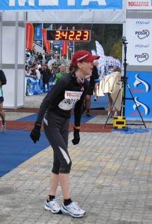Monika Biegasiewicz na mecie 10. Pozna� Maratonu