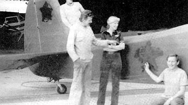 Tym samolotem Andrzej Ignaczak, Mariusz Winny i Kazimierz Gałuszek w stanie wojennym wylądowali w Berlinie Zachodnim