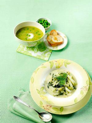 Zupa groszkowo-jarzynowa na sosie z ogórków kiszonych