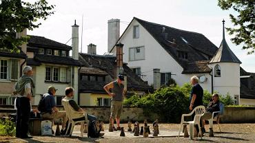 Gra w szachy na wzgórzu Lindenhof