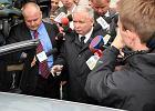 Prokuratura: Rozmowa braci Kaczy�skich nie dotyczy�a samego przelotu. Zeznania prezesa PiS
