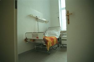 Złamała nogę - zmarła w szpitalu przed zabiegiem