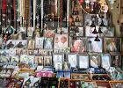 Rzym: skonfiskowano 5 tysięcy pamiątek na beatyfikację