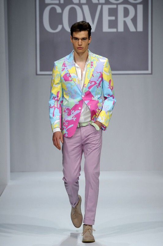 MENSWEAR_spring_summer_2011 ENRICO_COVERI__MILAN_june_2010_  PHOTO: EAST NEWS / ZEPPELIN