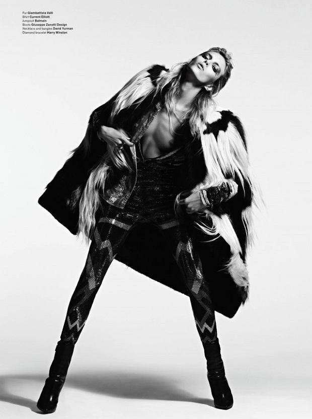 Zdjęcie numer 3 w galerii - Rockowa Anja Rubik w V Magazine