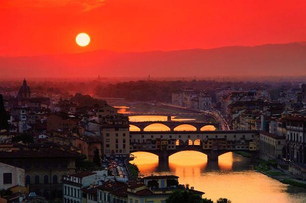 Włochy: Telewizja i radio szukają pracowników. 770 osób na jedno miejsce