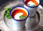Jedzenie na czasie. Korzenna zupa pomidorowa z mlekiem kokosowym