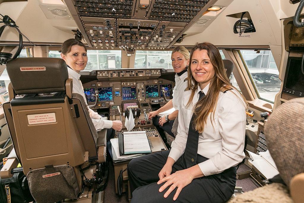 W kilku liniach lotniczych 8 marca załogi będą składać się wyłącznie z kobiet