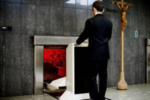 Z wizyt� w krematorium. Dlaczego zyskuj� na popularno�ci?