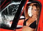 Dziewczyna i samochód | Była trzy razy w Playboy'u, teraz pozuje dla nas | Zuzanna Chyba