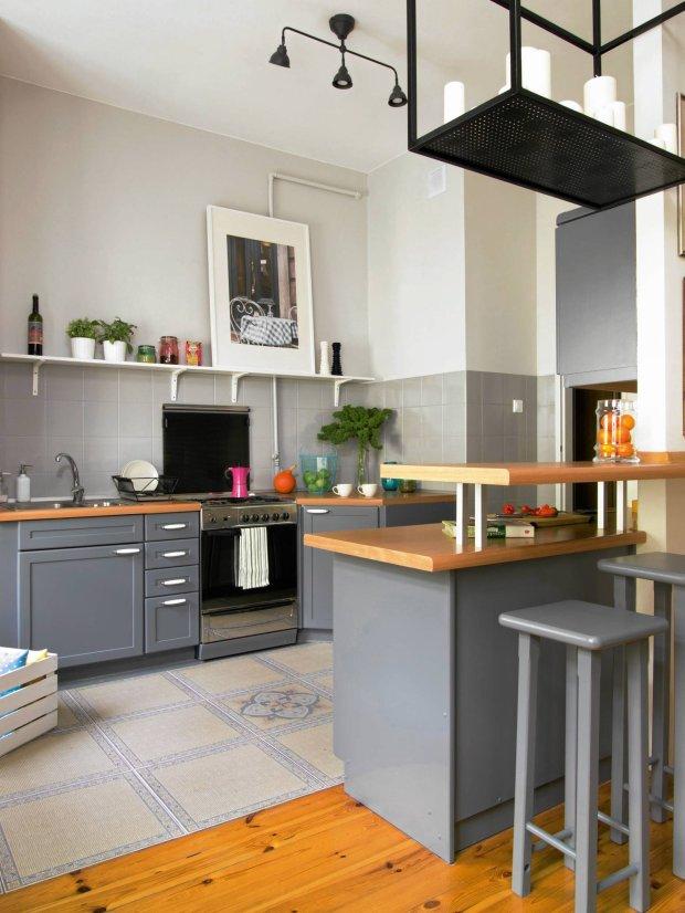Szara kuchnia 15 modnych aranżacji -> Kuchnia Bialo Szara Z Drewnem