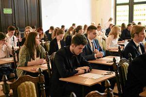 Matura 2017. Kończy się egzamin z języka polskiego w wersji rozszerzonej
