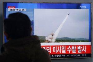Pjongjang znów pręży muskuły, ale nie uniknie surowszych sankcji