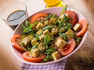 Salatka Z Tofu W Sezamie Prosty Przepis I Skladniki Ugotuj To