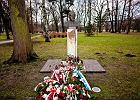 Pomnik Ryszarda Kukli�skiego zdewastowany. Ponownie
