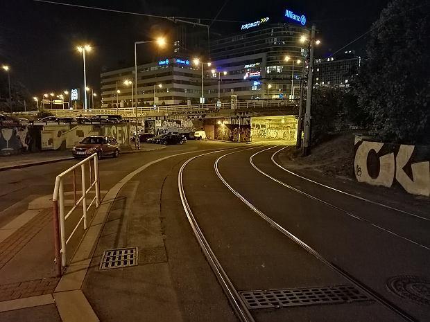 Jakość zdjęć z Honora 8X w nocy