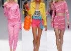 Stylizacje w stylu Barbie na pokazie Moschino