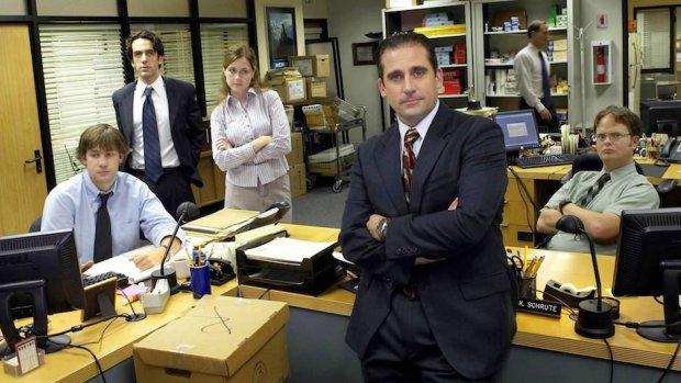 7 rzeczy, o kt�rych nie wypada rozmawia� w miejscu pracy (a rozmawia si�, a� za cz�sto)
