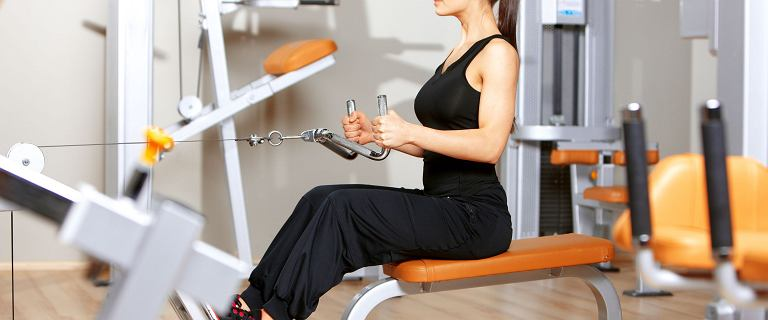 Początki w klubie fitness [PORADNIK DLA POCZĄTKUJĄCYCH]