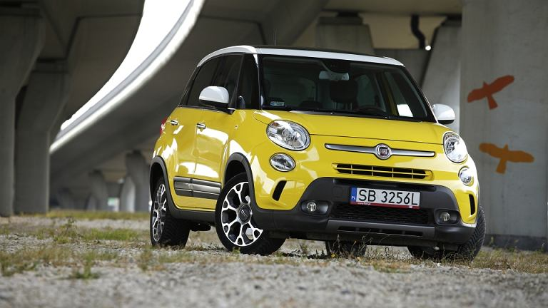 fiat 500l trekking 1 6 multijet ii test wy sza forma turystyki. Black Bedroom Furniture Sets. Home Design Ideas