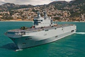 Francja sprzeda Rosji okr�ty desantowe Mistral. Anulowanie kontraktu oznacza�oby kary finansowe