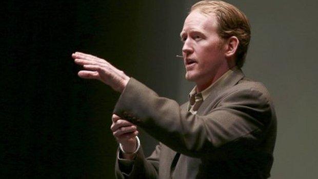 �o�nierz, kt�ry zabi� bin Ladena, ma k�opoty. Opowiadaj�c o akcji, ujawnia� tajne informacje?