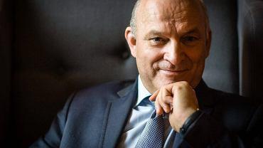 B. prezes Grupy Lotos Paweł Olechnowicz