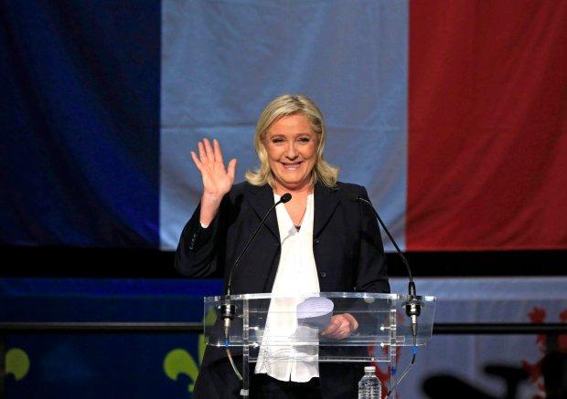 Exit poll: Front Narodowy zwyci�a w I turze wybor�w regionalnych we Francji