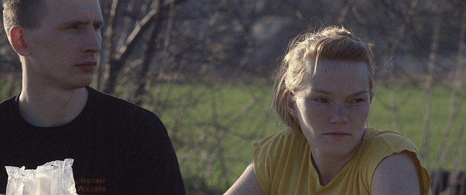 Agata Matejczuk z mężem. Kadr z filmu 'Biegacze'
