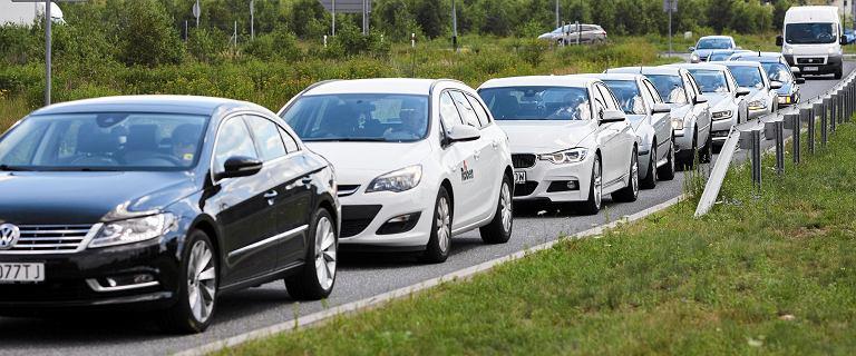 Zaskakujące zmiany na czele rankingu najczęściej wybieranych przez Polaków aut. Nowy lider o 130 proc. w górę