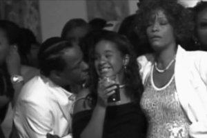 Zmar�a c�rka Whitney Houston. Mia�a 22 lata