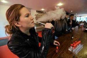 �wiatowa Organizacja Zdrowia nie powinna pot�pia� e-palenia! Apel naukowc�w