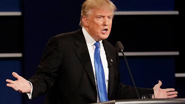 Donald Trump podczas debaty z Hillary Clinton
