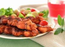 Szasz�yki z kurczakiem w sosie s�odko-kwa�nym - ugotuj