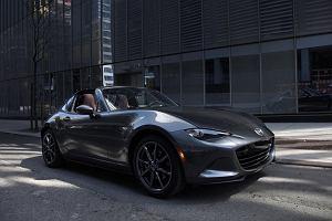 Mazda MX-5 RF | Jak ciepłe bułeczki