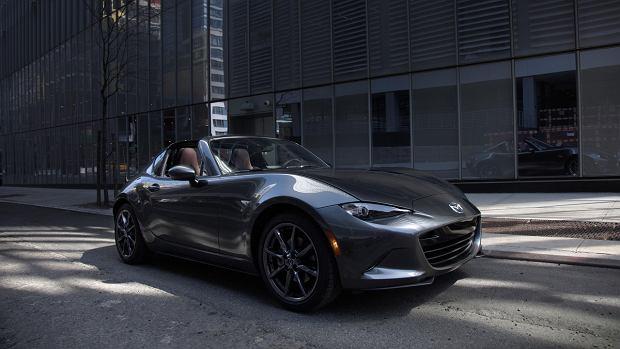 Mazda MX-5 RF wchodzi do sprzeda�y