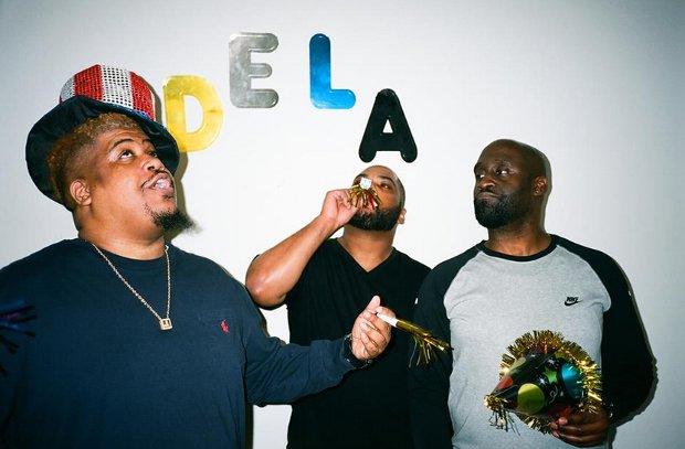 """W sieci ukazał się nowy kawałek hip hopowej grupy De La Soul """"God It"""". Dołączył do nich legendarny raper Nas. Piosenka, będąca niespodzianką dla fanów, nie znajdzie się na nadchodzącej płycie zespołu."""