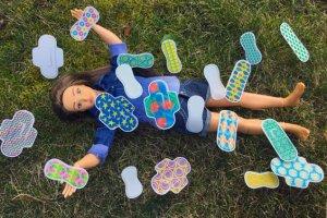 """""""Normalna Barbie"""" ma już cellulit i blizny. Teraz dostała także okresu. Producenci lalki chcą edukować małe dziewczynki"""
