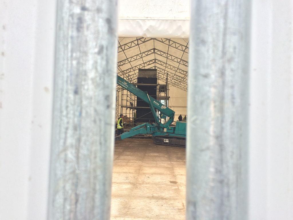 Prace nad Pomnikiem Ofiar Katastrofy Smoleńskiej